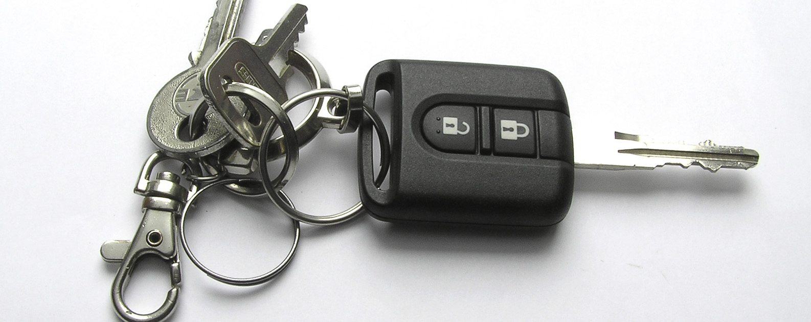 Replacement & Auto Key Fob Programming In Green Point