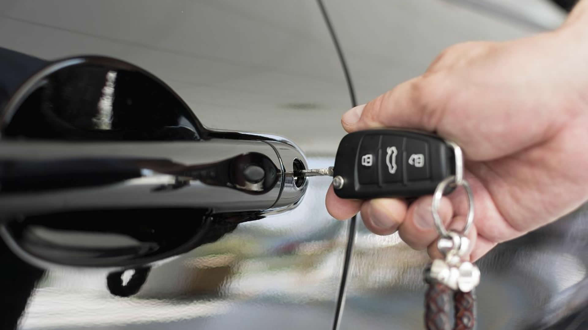 Key Replacement & Auto Key Fob Programming